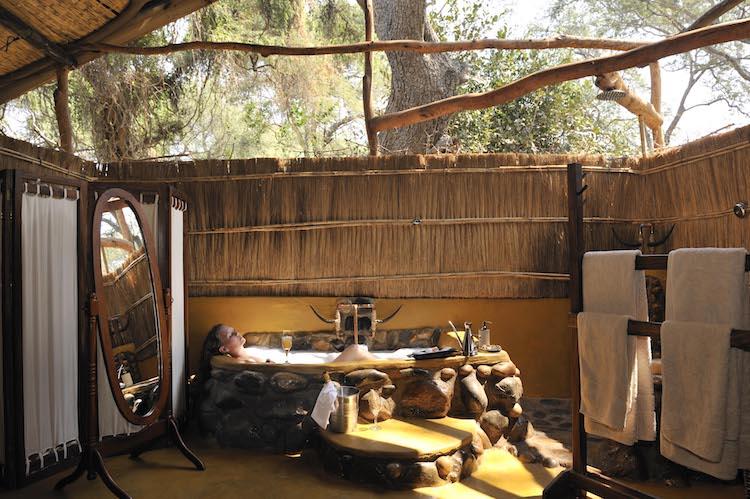 Chongwe bathtub