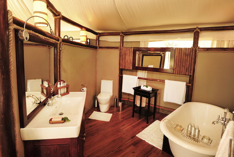 Anabezi bathroom
