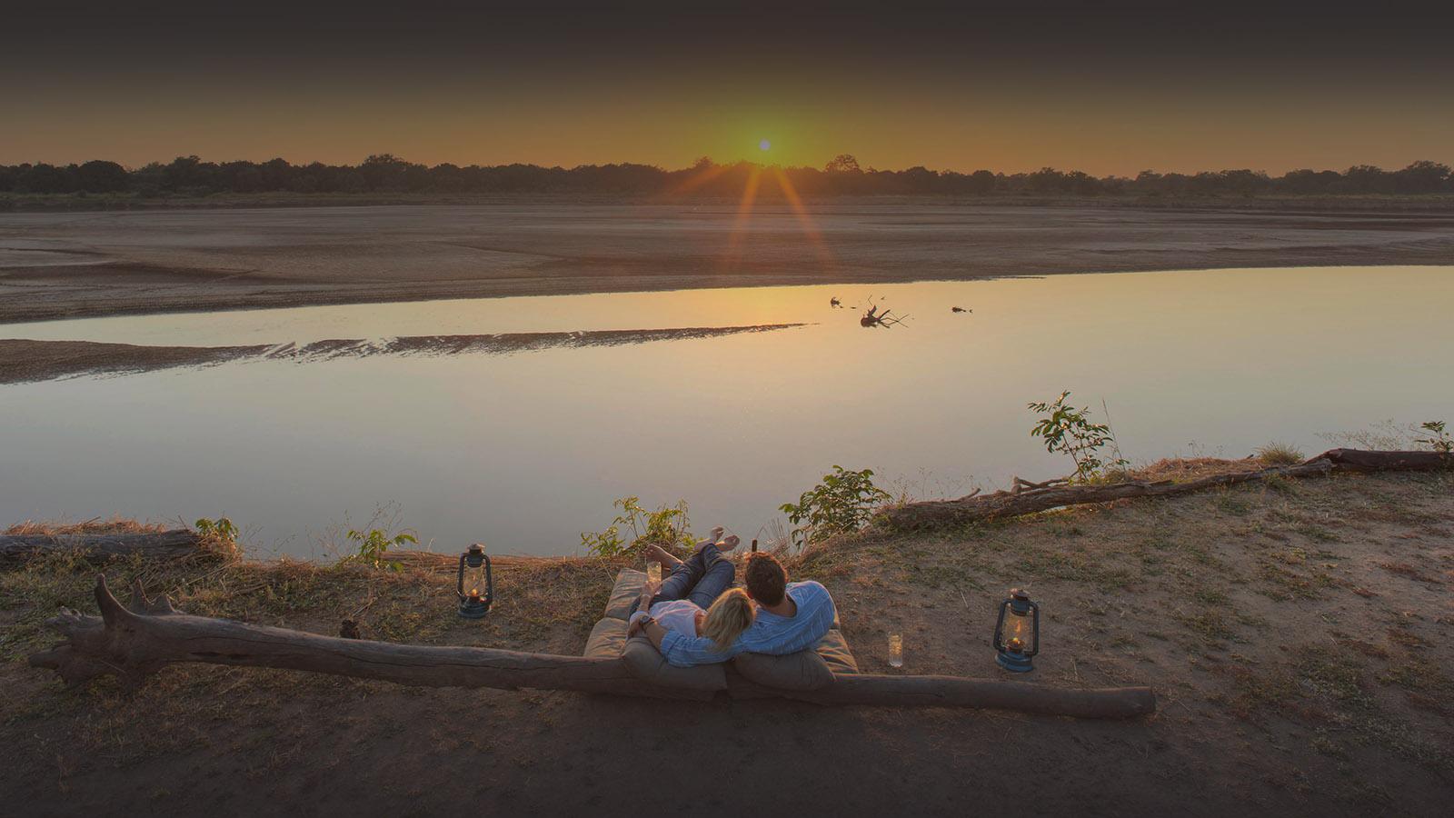 classic-zambia-long-zambia-in-style-safari-packages-tours-kakuli-sundowners