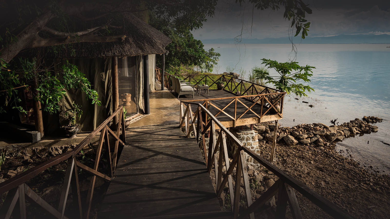malawi-south-luangwa-green-season-zambia-in-style-safari-packages-tours-luxury-blue-zebra-chalet
