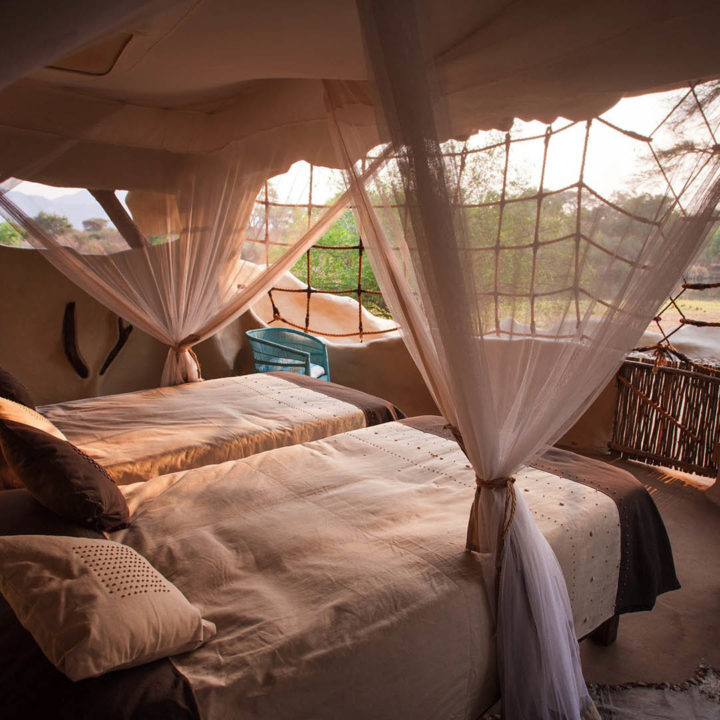 premium-family-adventure-zambia-in-style-safari-packages-tours-luxury-chongwe-safari-house-lower-zambezi-bed