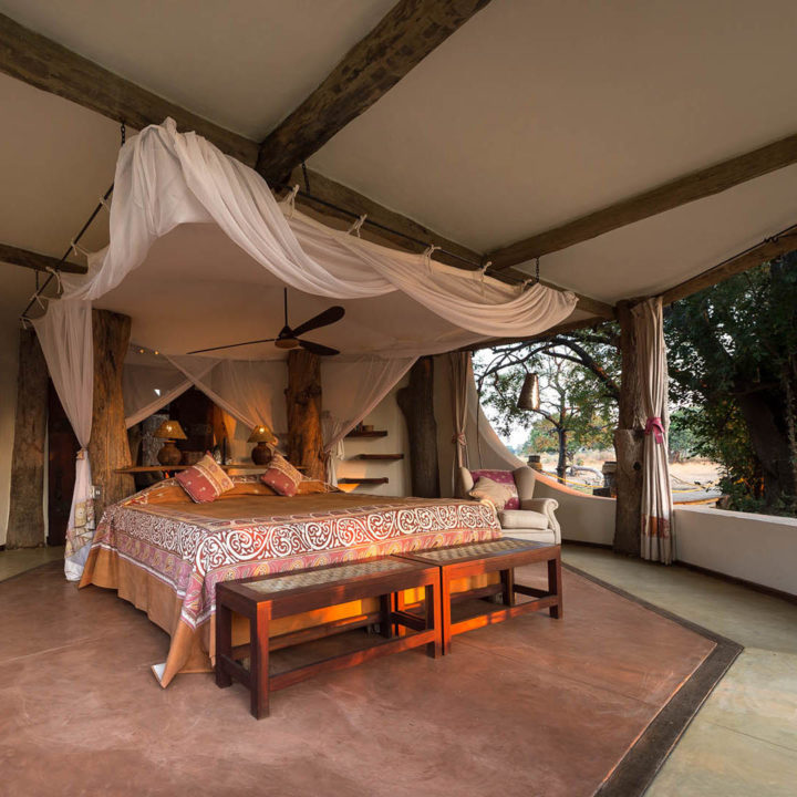 premium-family-adventure-zambia-in-style-safari-packages-tours-luxury-luangwa-safari-house-south-luangwa-bedroom