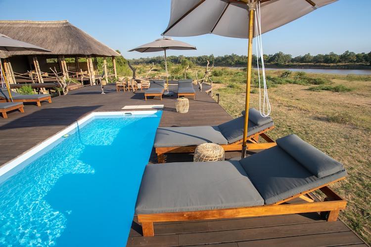 pool at Chikunto