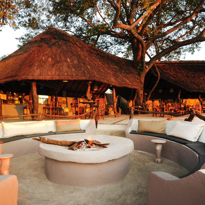 kafunta river lodge zambia-in-style-safari-packages-lodges-main-building