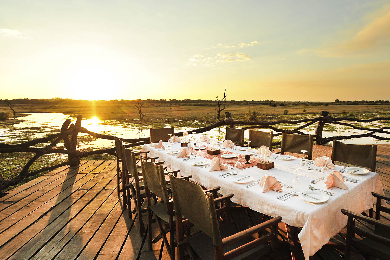 kafunta river lodge zambia-in-style-safari-packages-lodges-sunset-dining