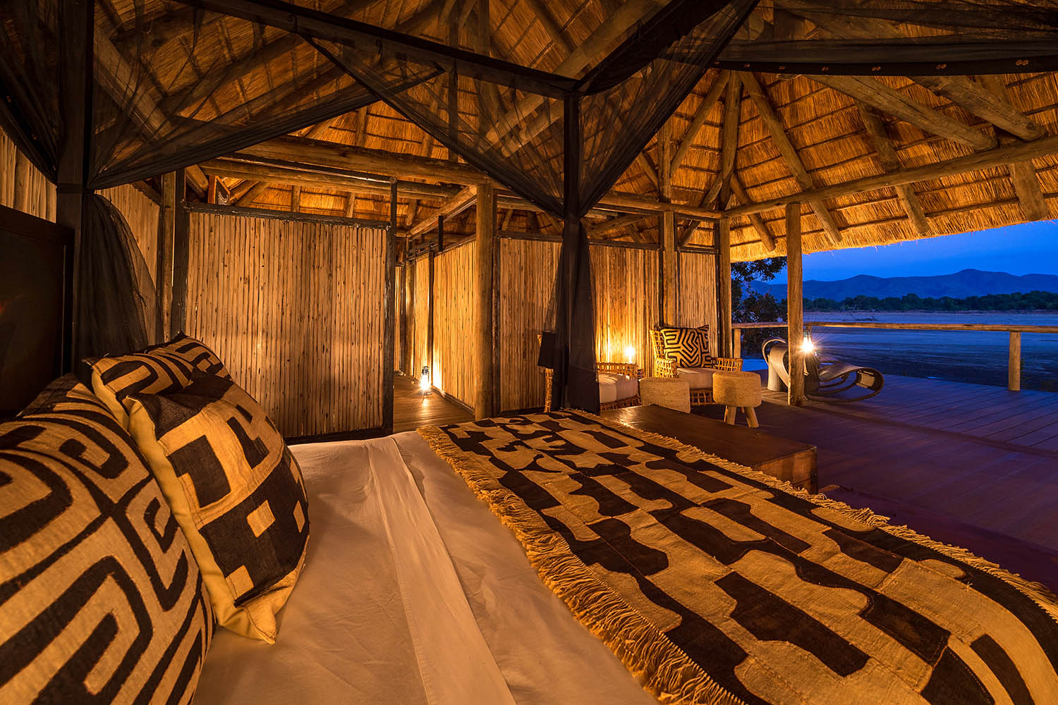 chamilandu bush camp zambia-in-style-tours-safari-packages-lodges-south-luangwa-bedroom
