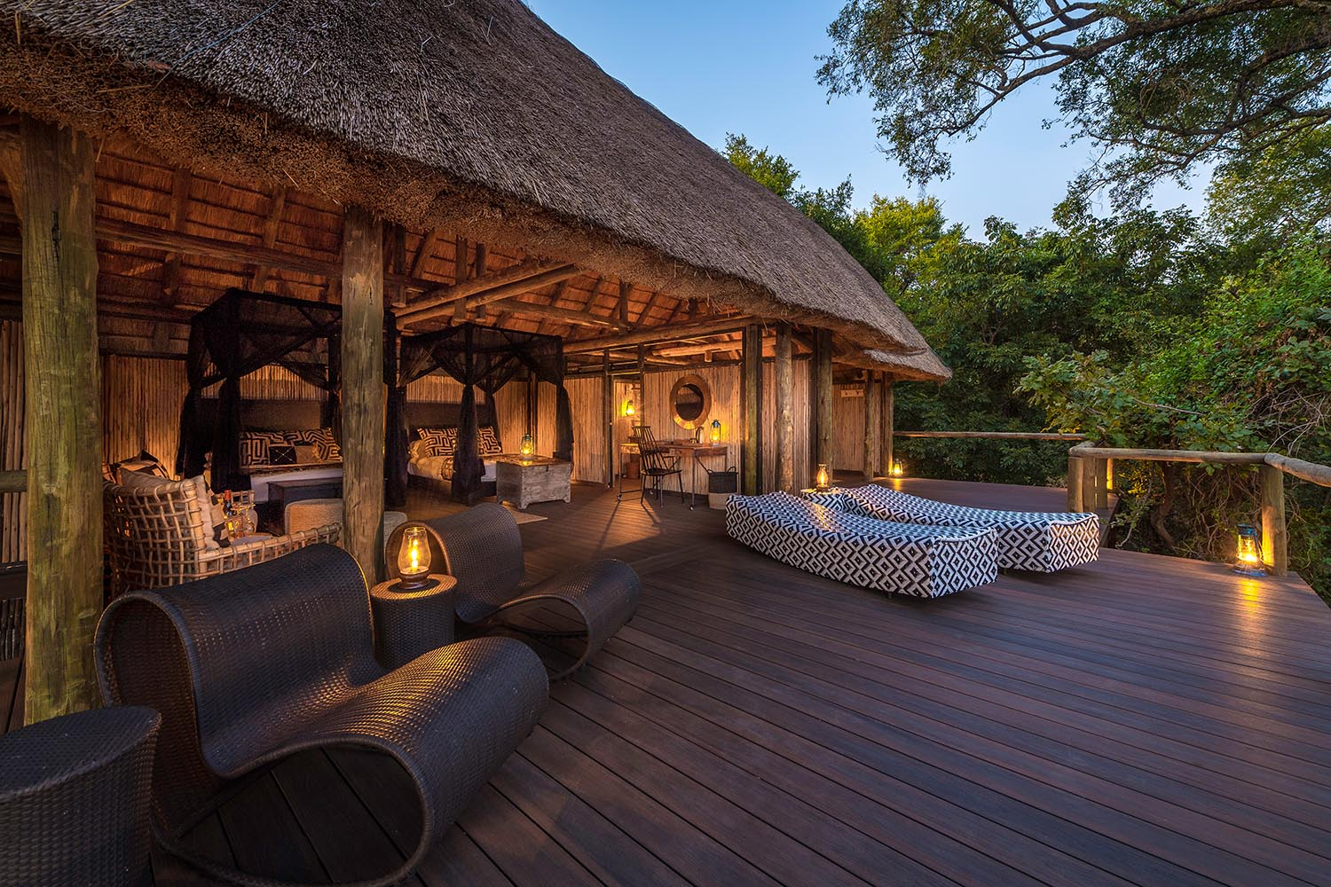chamilandu bush camp-zambia-in-style-tours-safari-packages-lodges-south-luangwa-chairs