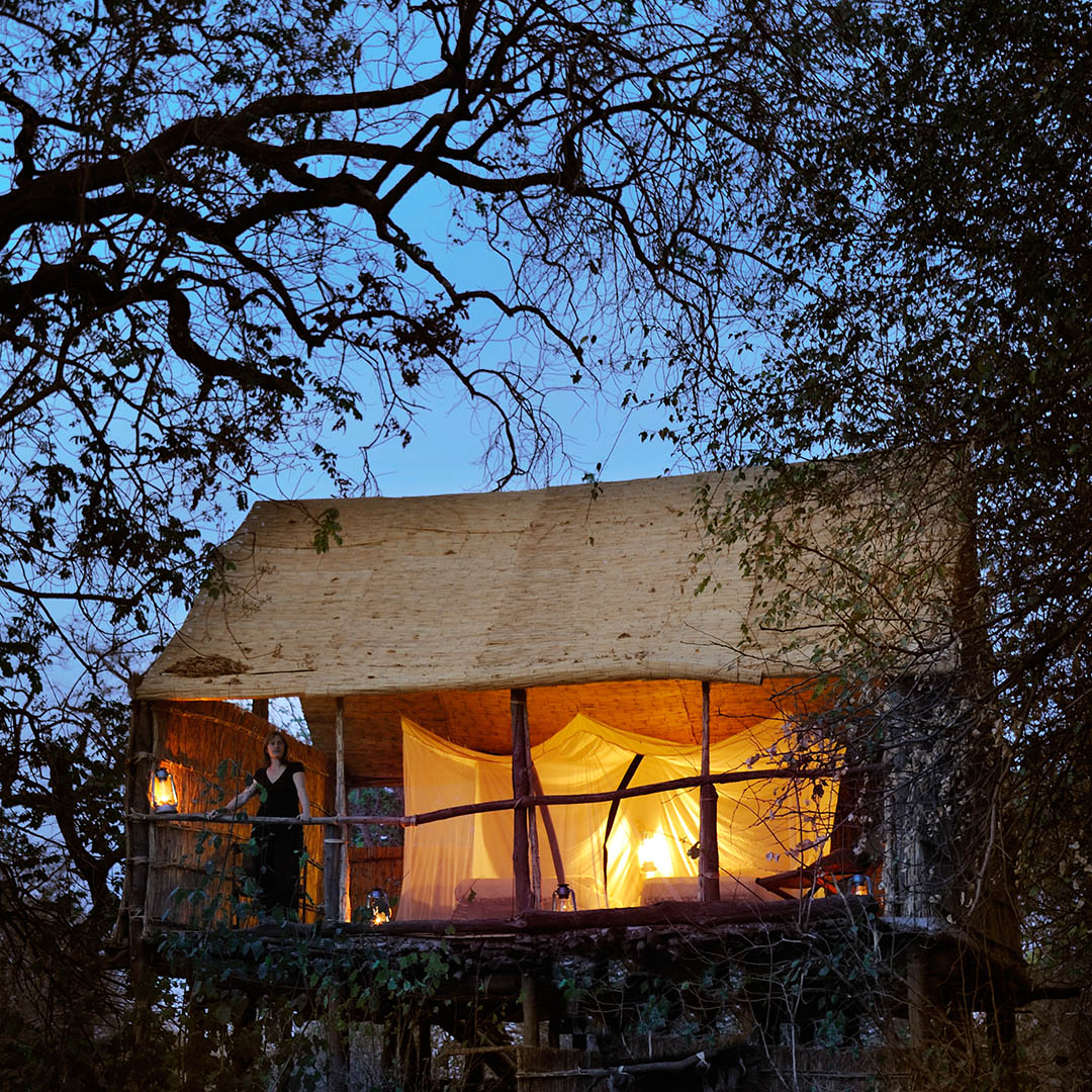 chikoko trails crocodile-camp-zambia-in-style-tours-safari-packages-lodges-explore-south-luangwa-national-park-chalet-evening-view