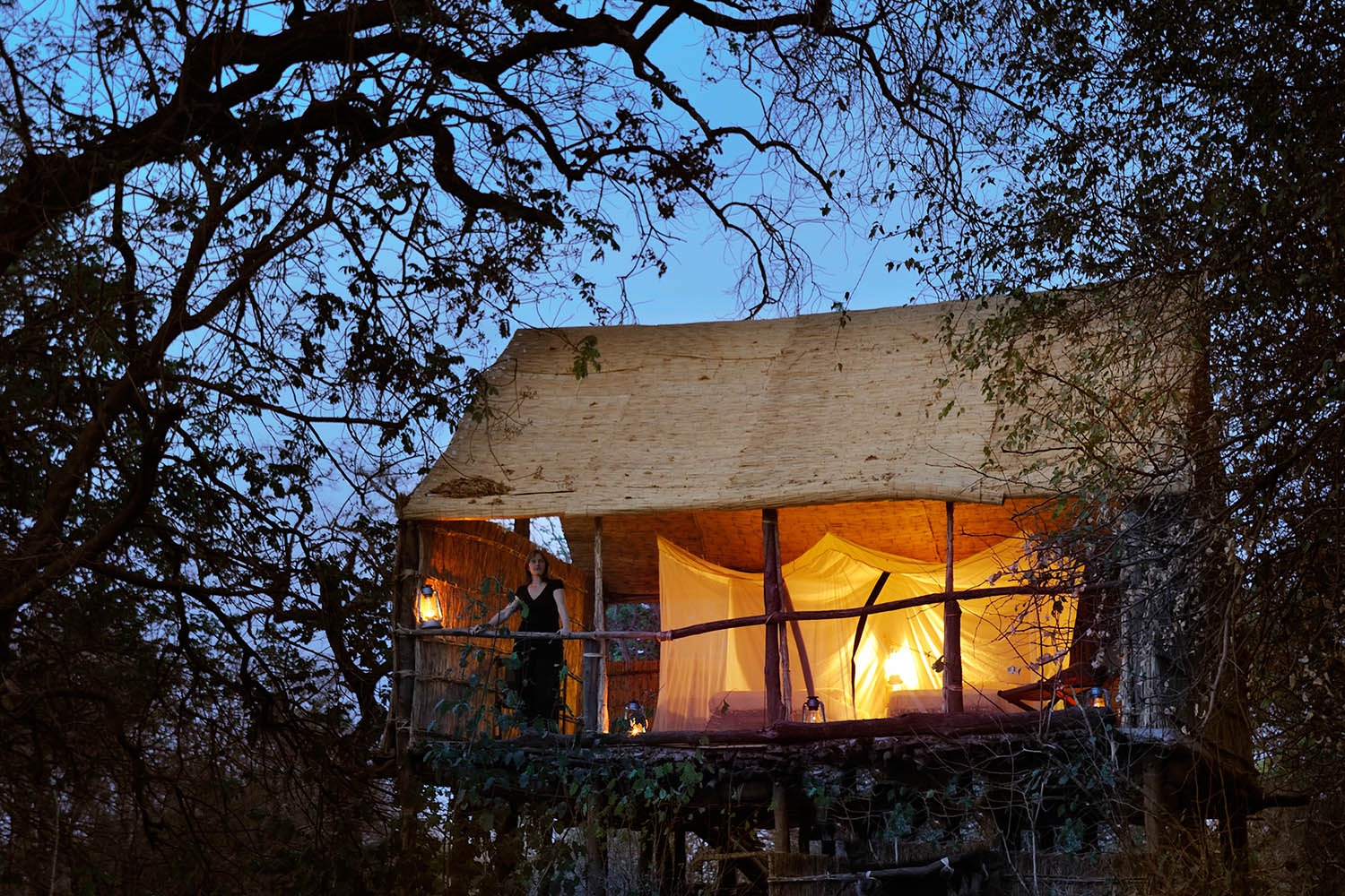 chikoko trails crocodile-camp-zambia-in-style-tours-safari-packages-lodges-travel-explore-south-luangwa-national-park-evening