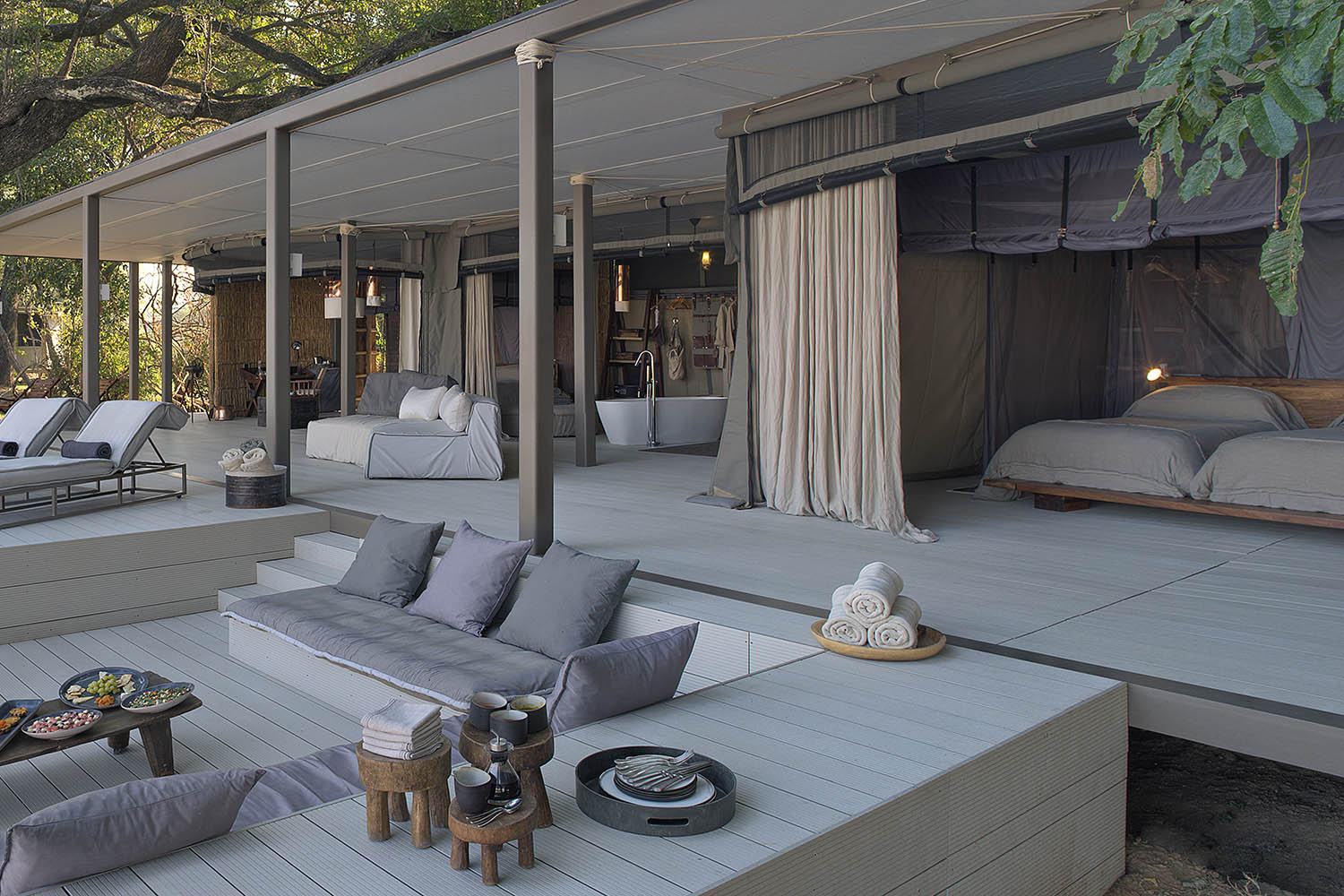 chinzombo-glamourous-lodge-zambia-in-style-tours-safari-packages-lodges-exploring-south-luangwa-national-park-villa-room