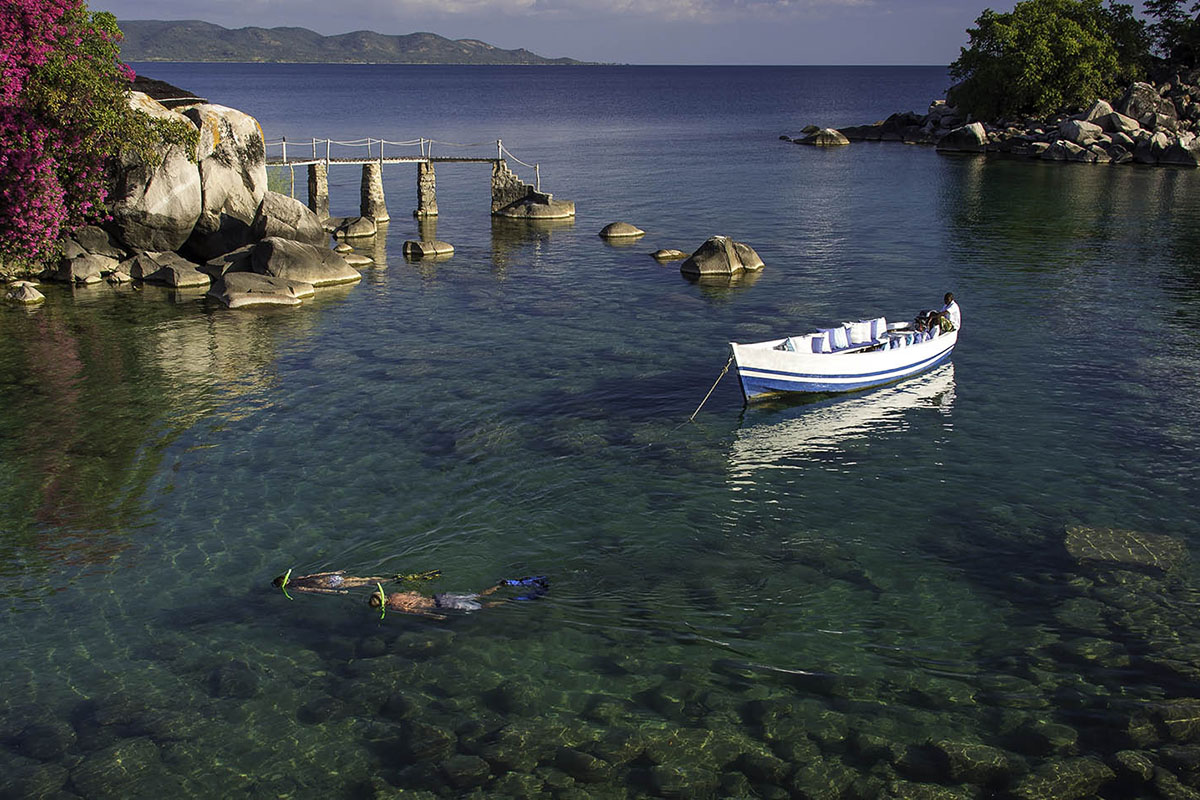 chinzombo-lodge-luxury-beach-bush-tour-zambia-in-style-safari-packages-kaya-maya
