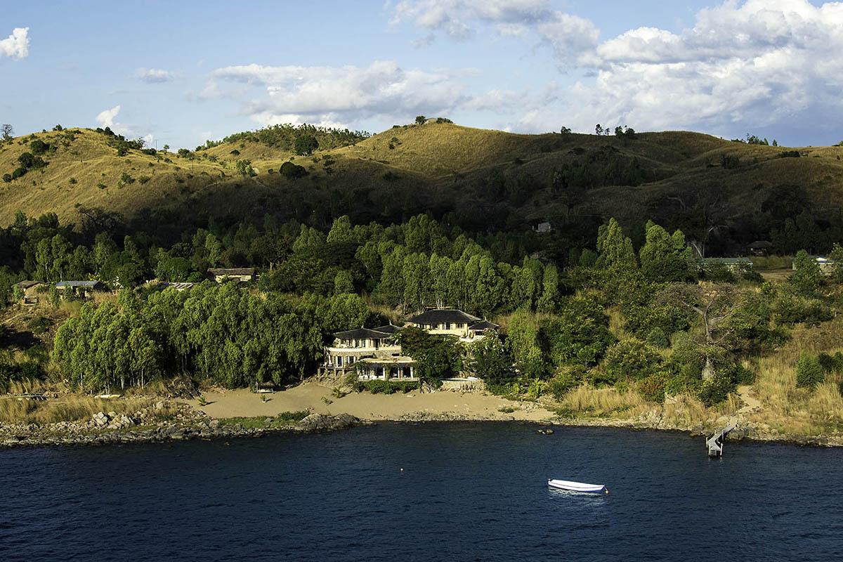 kaingo-lodge-luxury-photographic-beach-bush-zambia-in-style-safari-packages-tours-luxury-lake-malawi-kaya-mawa