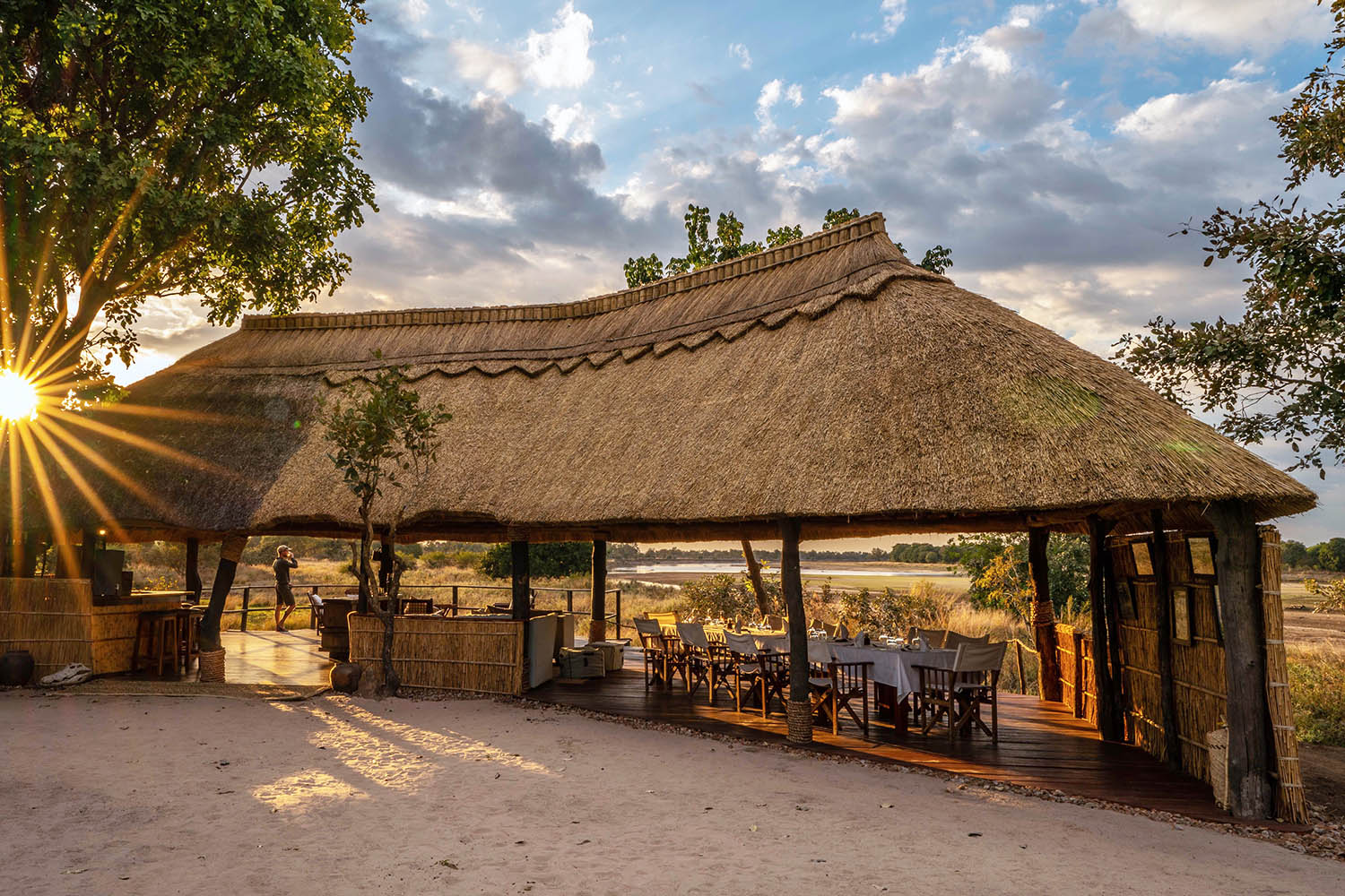 kakuli-beautiful-camp-lodge-zambia-in-style-tours-safari-packages-lodges-south-luangwa-national-park-main-space