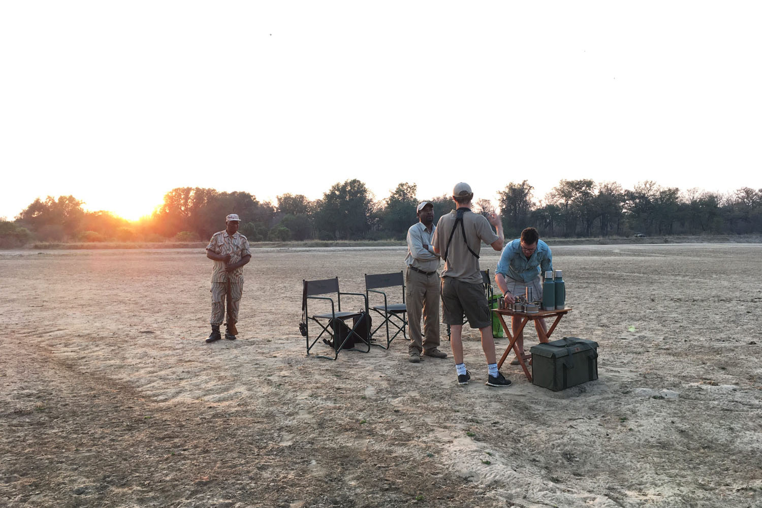 luambe-camp-lodge-zambia-in-style-tours-safari-packages-lodges-luambe-national-park-between-south-north-luangwa-guides-safari