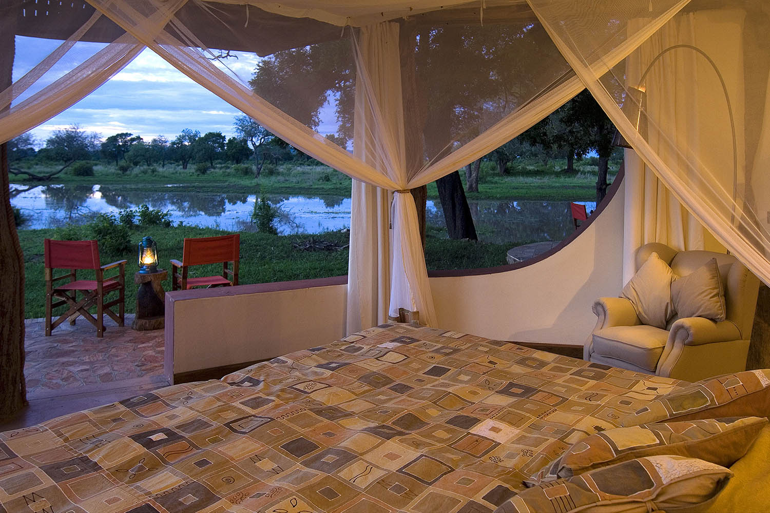 luangwa safari house lodge-zambia-in-style-tours-safari-packages-lodges-south-luangwa-national-park-bedroom-views