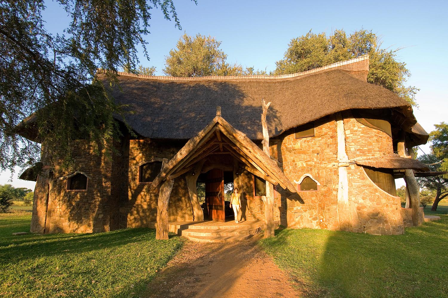 luangwa safari house lodge zambia-in-style-tours-safari-packages-lodges-travel-south-luangwa-national-park-front-entrance