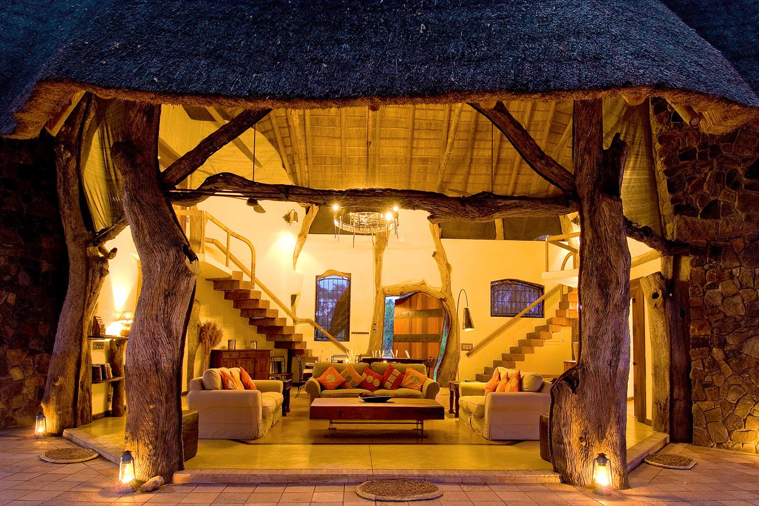 luangwa safari house lodge zambia-in-style-tours-safari-packages-lodges-travel-south-luangwa-national-park-staircase