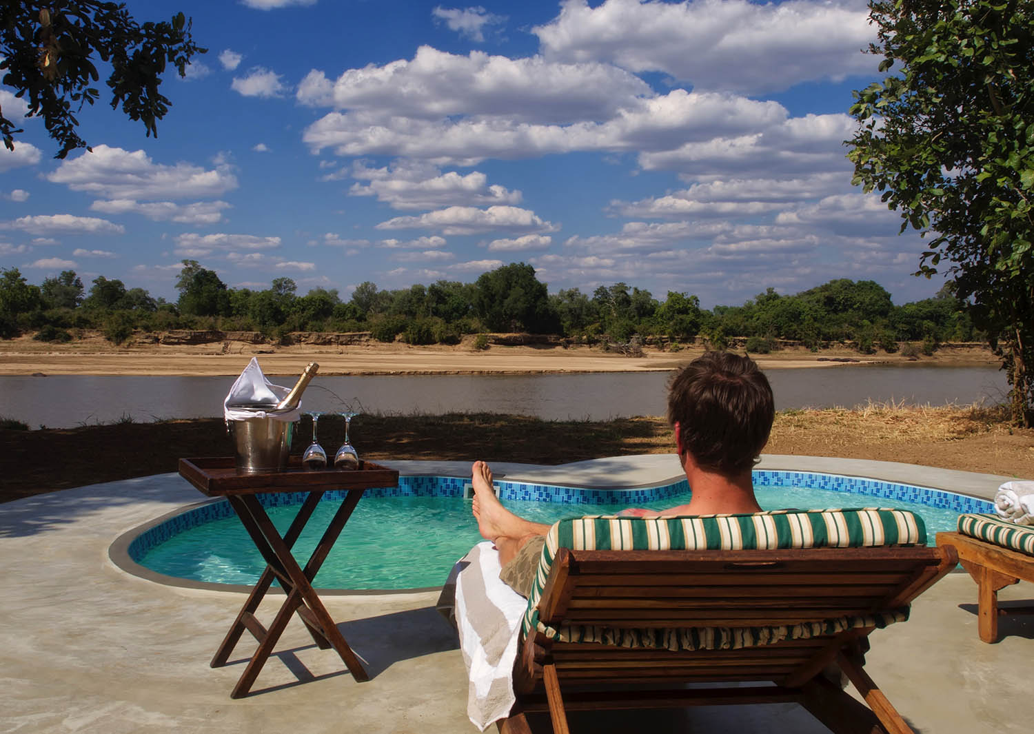 mchenja-bush-camp-lodge-zambia-in-style-tours-safari-packages-lodges-explore-south-luangwa-national-park-cool-pool