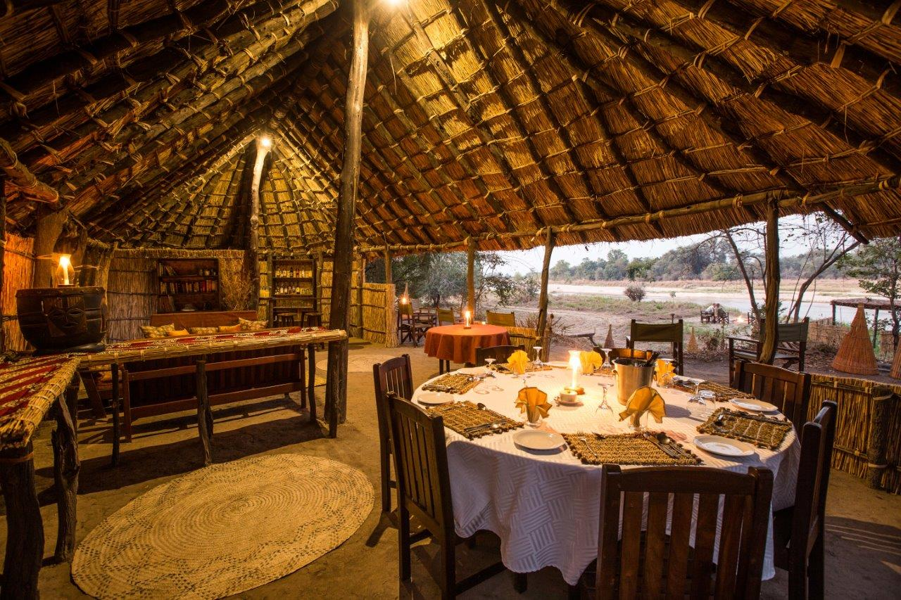 mwaleshi-camp-lodge-zambia-in-style-tours-safari-packages-lodges-explore-north-luangwa-dining-indoors