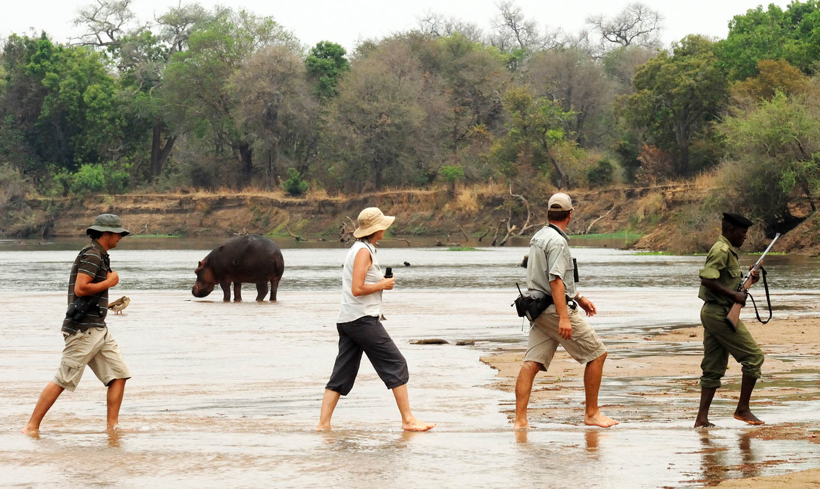 mwaleshi-camp-lodge-zambia-in-style-tours-safari-packages-lodges-travel-north-luangwa-river-crossing