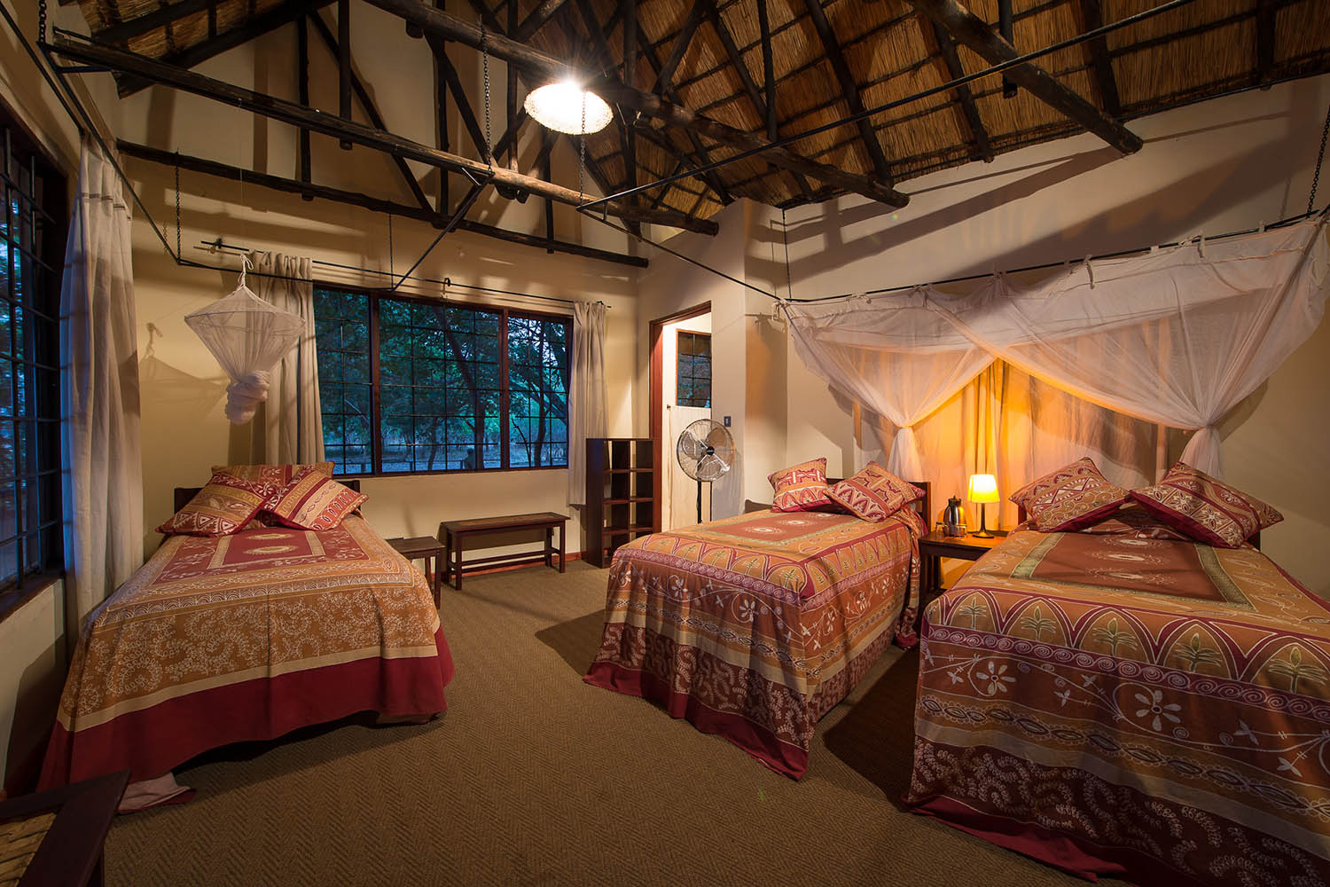 robins house lodge-zambia-in-style-tours-safari-packages-lodges-south-luangwa-national-park-bedrooms