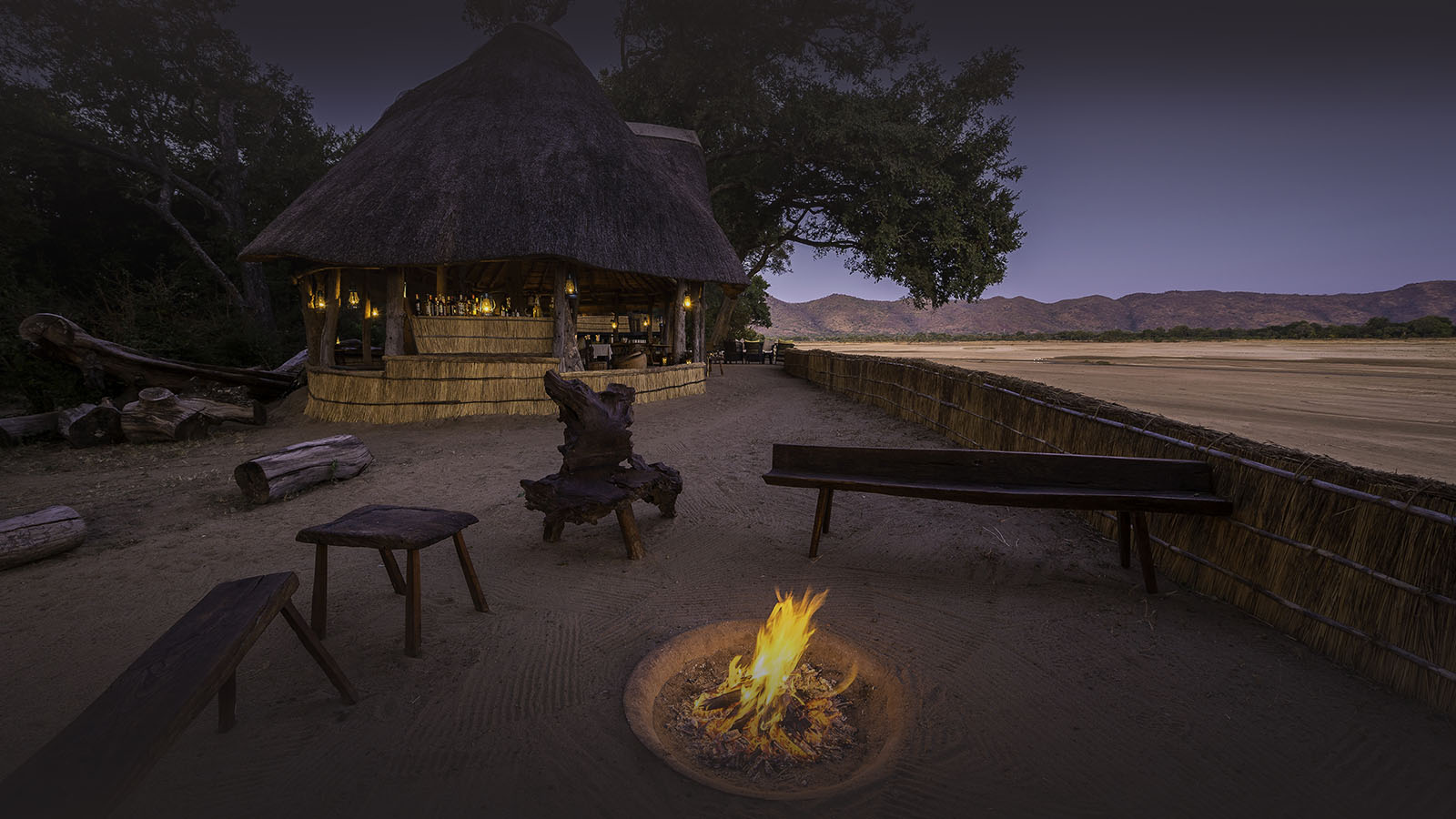 chamilandu bush camp zambia-in-style-tours-safari-packages-lodges-explore-south-luangwa-travel-zambia-lodges-campfire