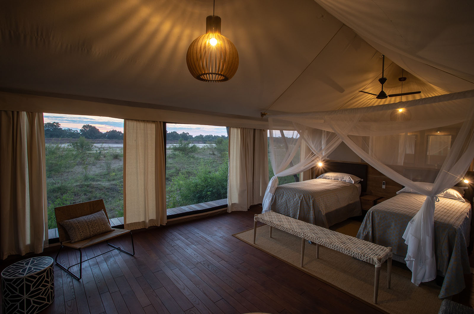 chikunto-lodge-zambia-in-style-safari-packages-lodges-luxury-tents-south-luangwa-beds-room