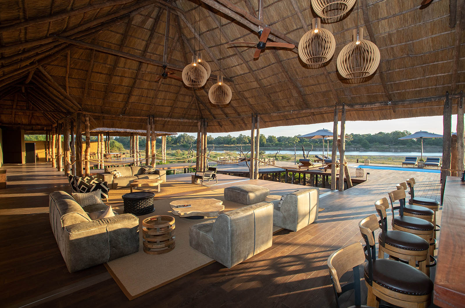 chikunto-lodge-zambia-in-style-safari-packages-lodges-luxury-tents-south-luangwa-lounge-area