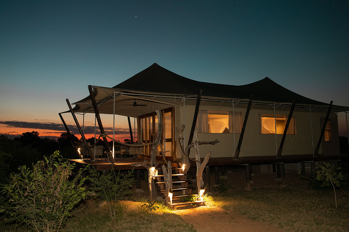 chikunto lodge zambia-in-style-tours-safari-packages-lodges-luxury-tents-south-luangwa-tent