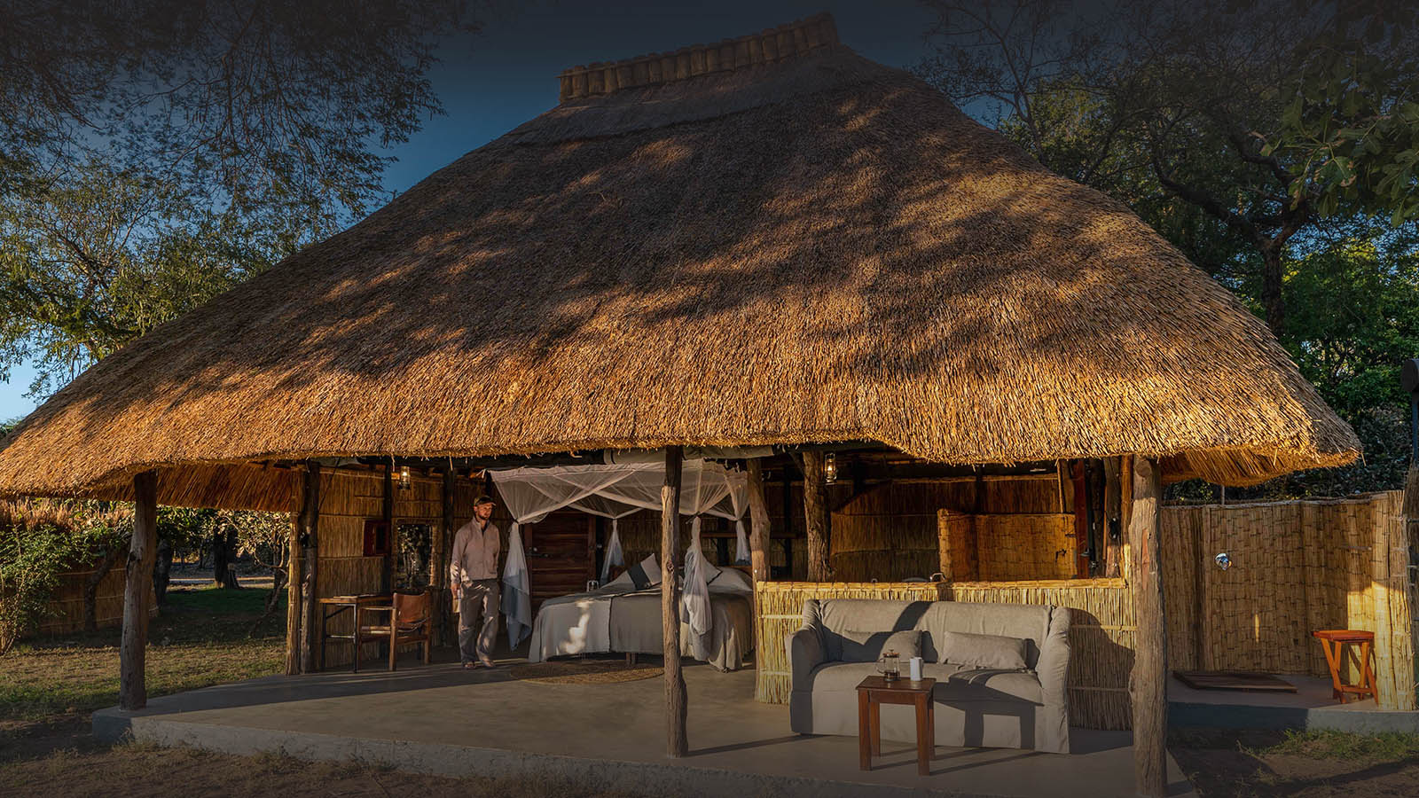 kakuli-beautiful-camp-lodge-zambia-in-style-tours-safari-packages-lodges-explore-south-luangwa-national-park-suite-exterior