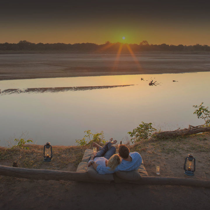 kakuli-beautiful-camp-lodge-zambia-in-style-tours-safari-packages-lodges-explore-south-luangwa-national-park-sundwoners