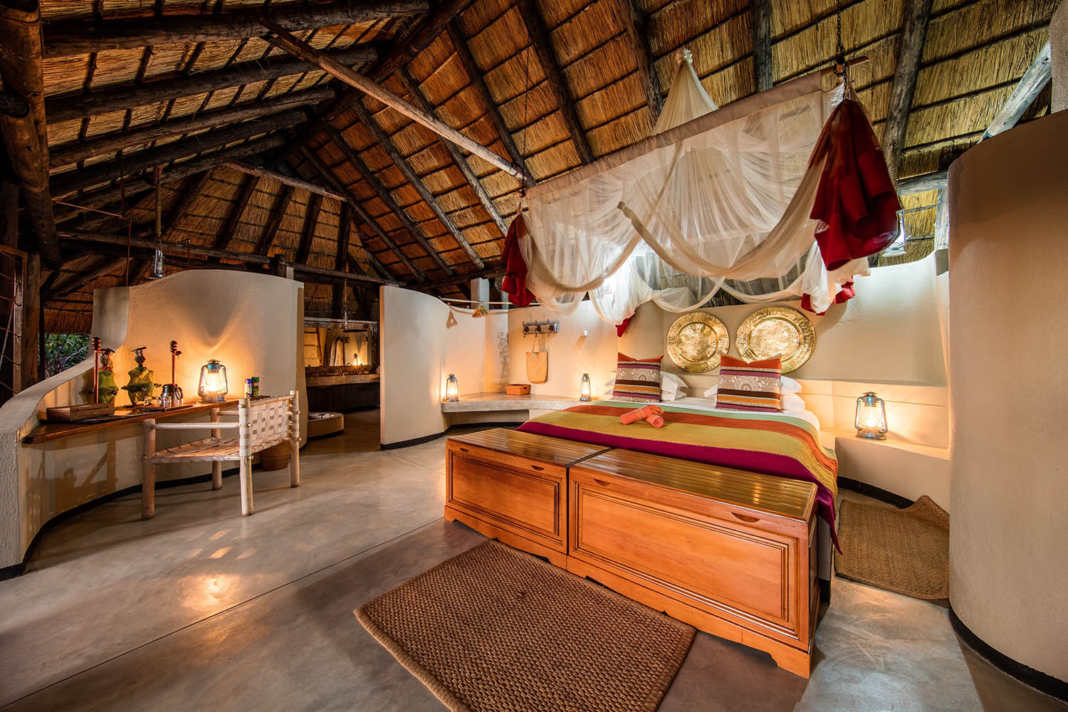 kapamba bushcamp lodge-zambia-in-style-tours-travel-safari-packages-lodges-south-luangwa-national-park-bed