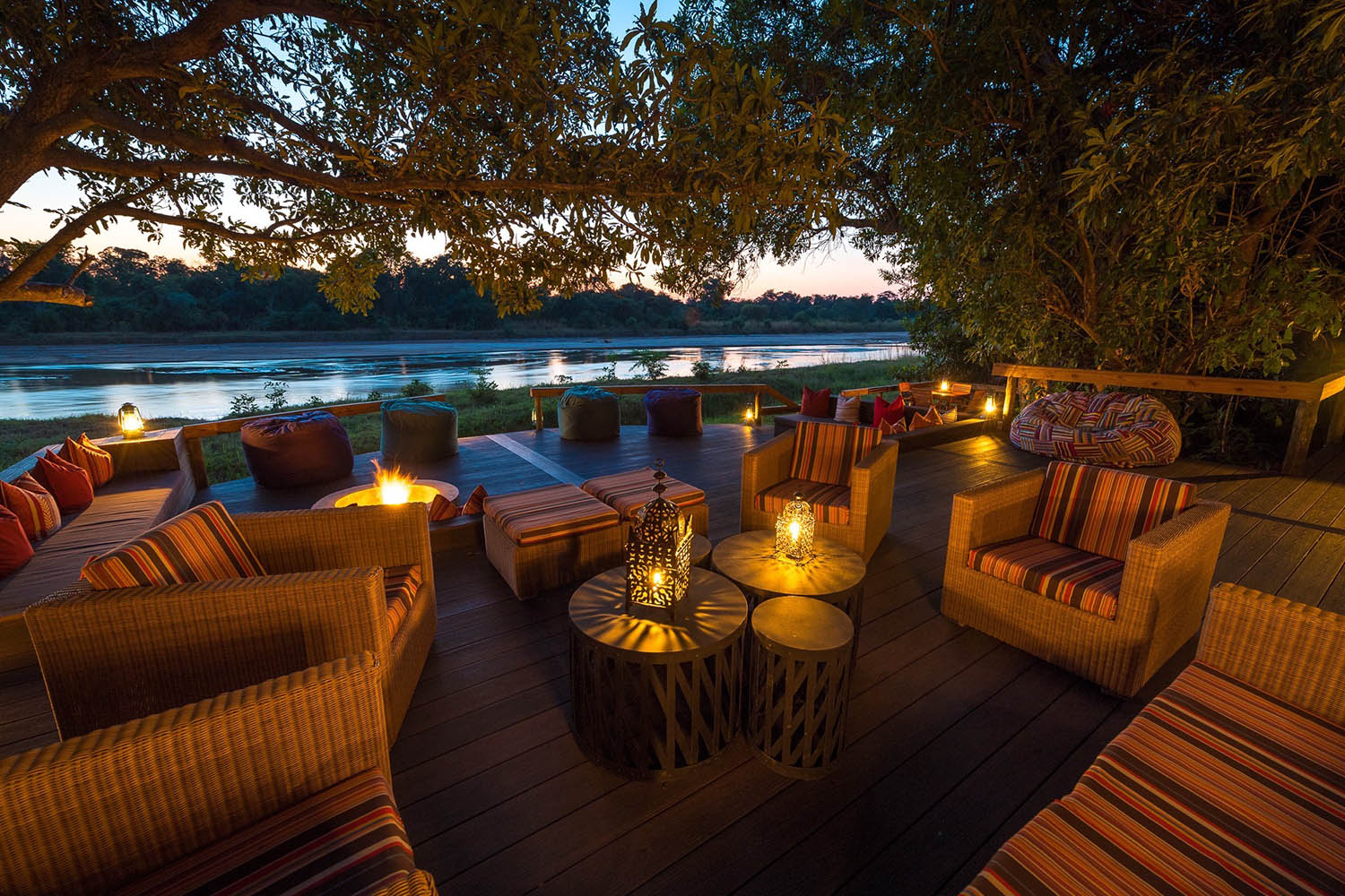 kapamba bushcamp lodge-zambia-in-style-tours-travel-safari-packages-lodges-south-luangwa-national-park-lounge-deck
