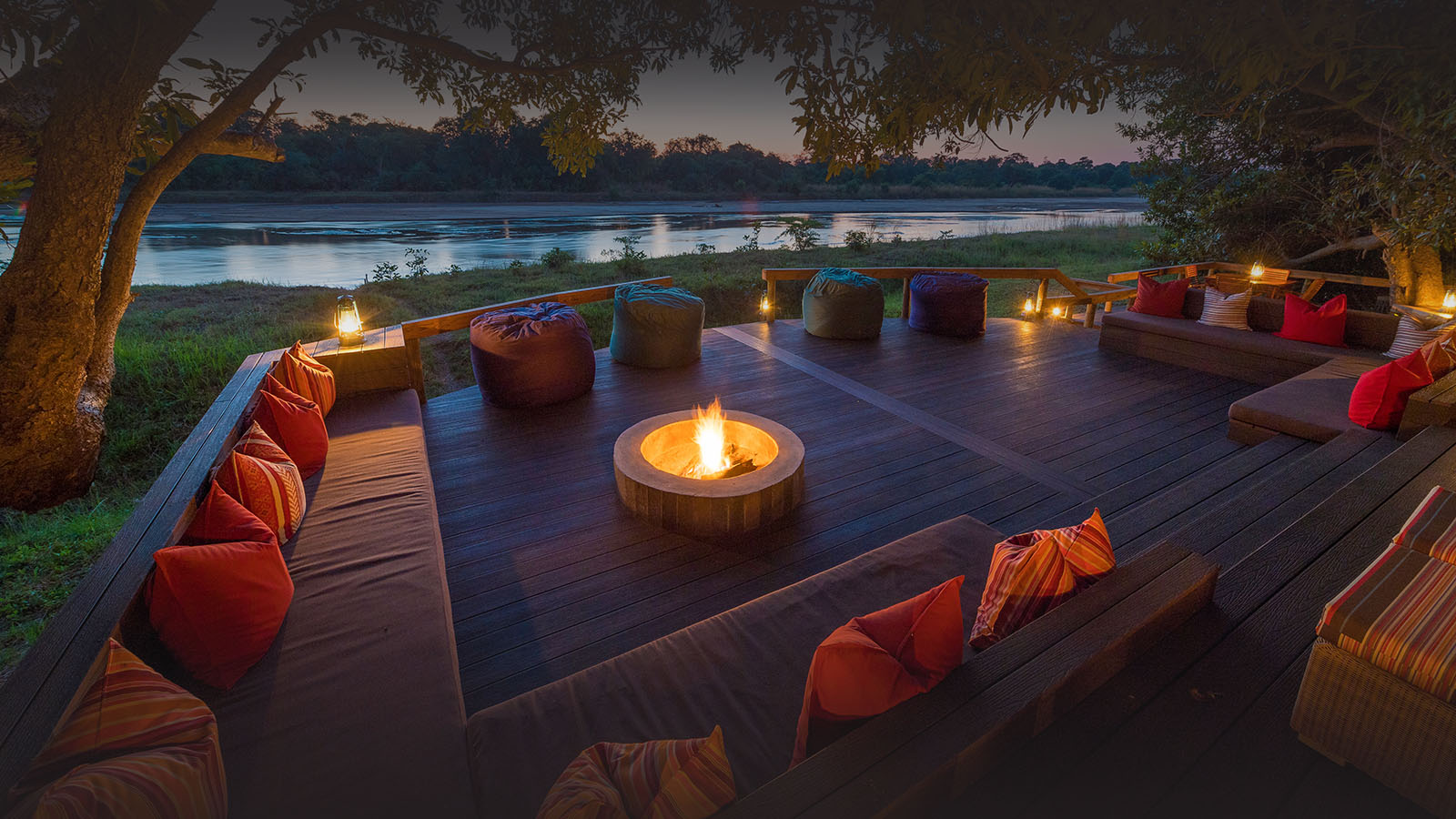 kapamba bushcamp lodge-zambia-in-style-tours-travel-safari-packages-lodges-south-luangwa-national-park-lounge-outdoors