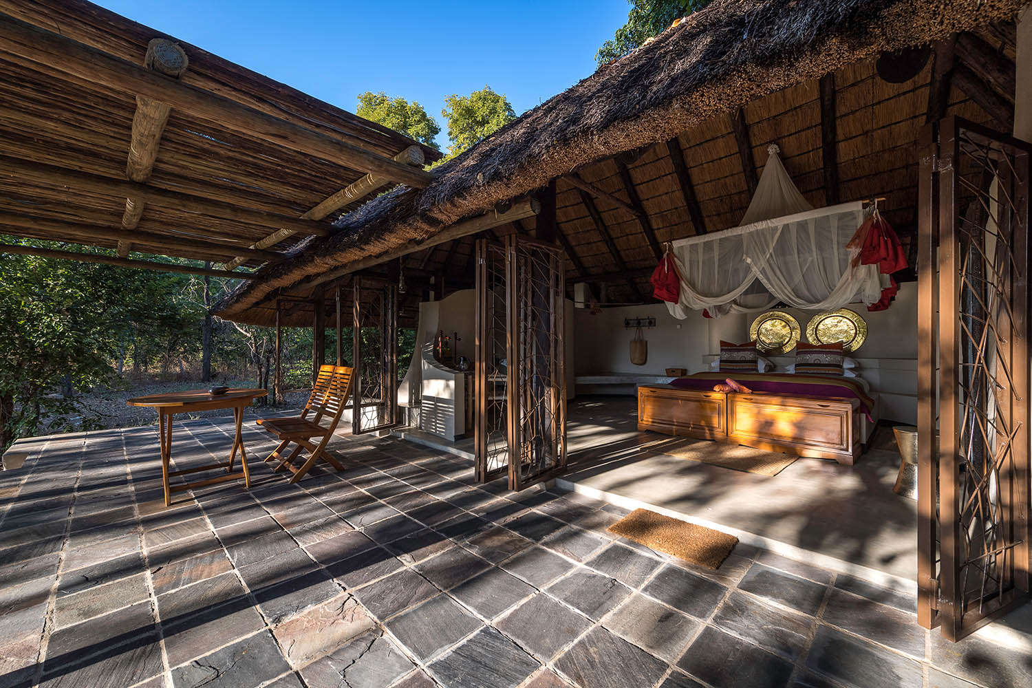 kapamba bushcamp lodge-zambia-in-style-tours-travel-safari-packages-lodges-south-luangwa-national-park-room