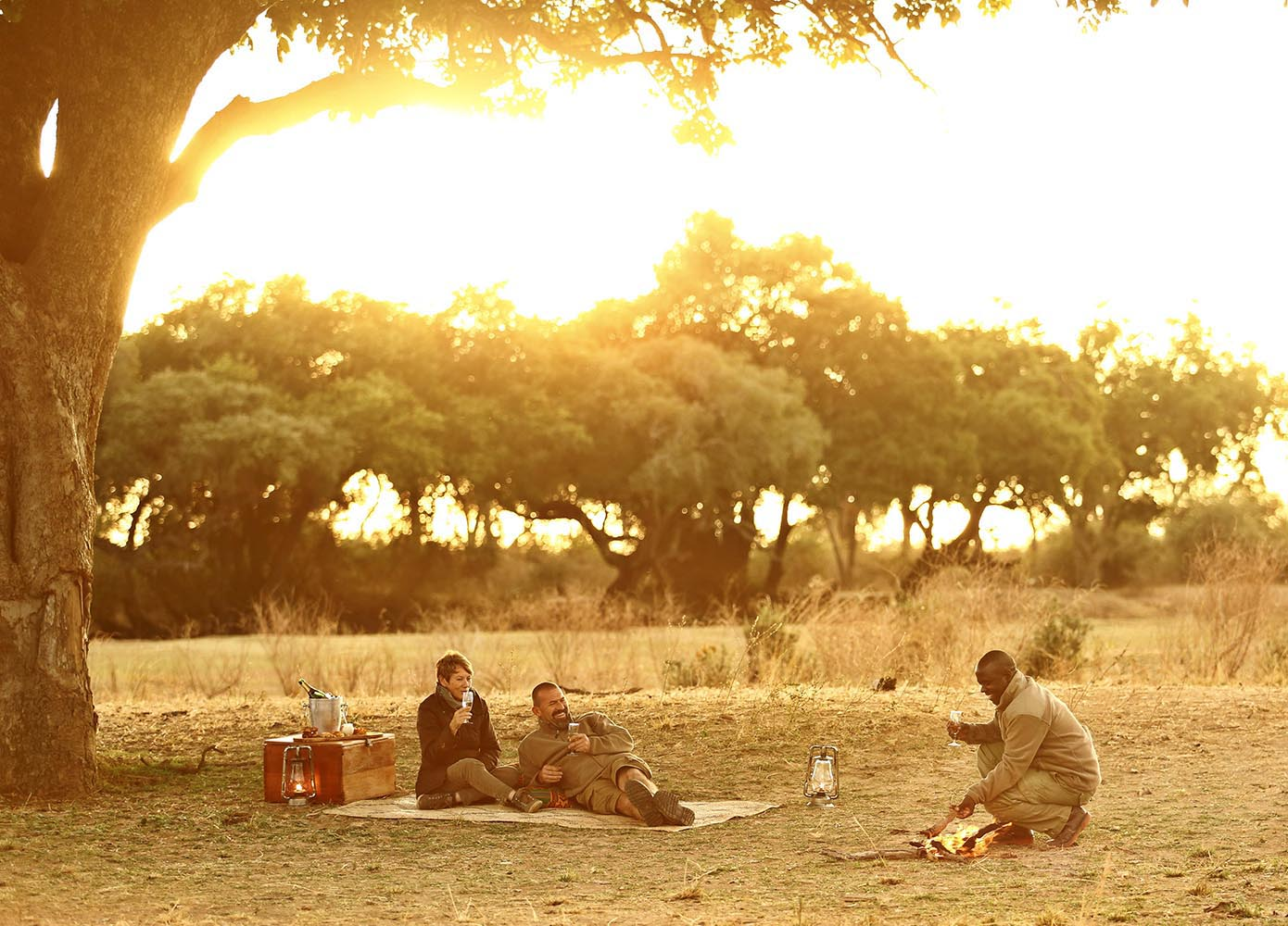 lion camp lodge-zambia-in-style-safari-packages-tours-south-luangwa-national-park-lion-camp-lodge-zambia-in-style-safari-packages-tours-south-luangwa-national-park-sundowner-guest-experience