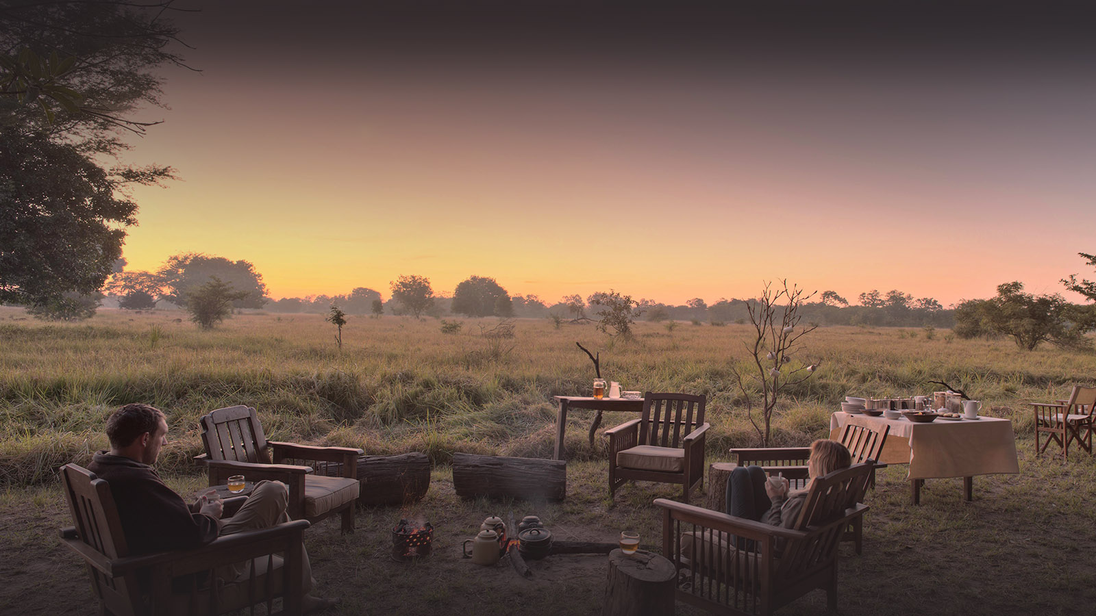 luwi-camp-lodge-zambia-in-style-tours-safari-packages-lodges-exploring-south-luangwa-national-park-relaxing-rustic