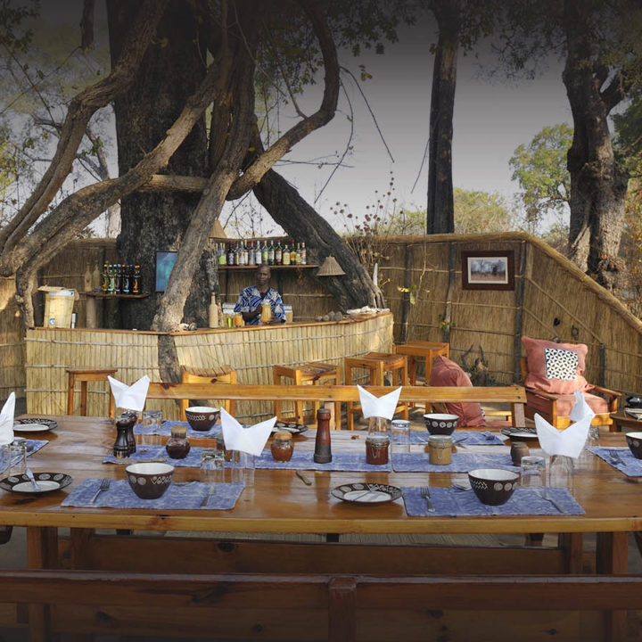 mwamba-bush-camp-lodge-zambia-in-style-safari-packages-south-luangwa-national-park-bar