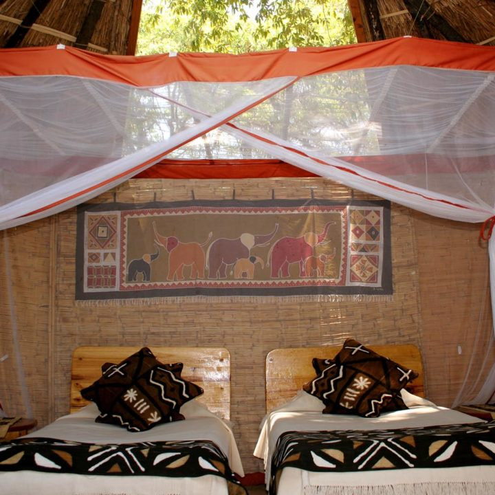 mwamba-bush-camp-lodge-zambia-in-style-safari-packages-south-luangwa-national-park-chalet-rooms