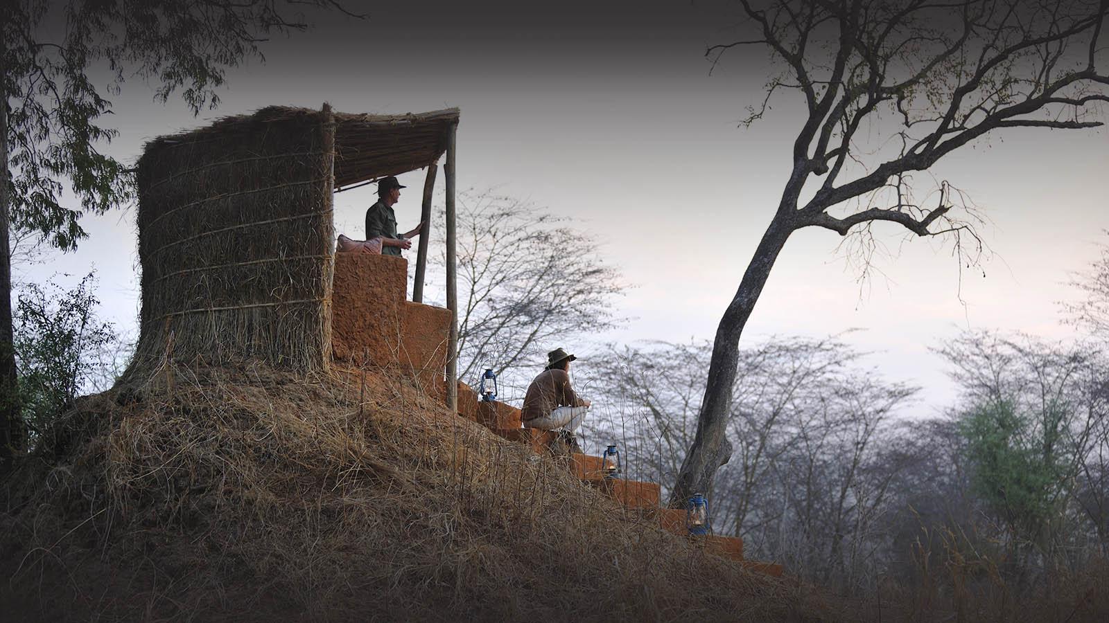 mwamba-bush-camp-lodge-zambia-in-style-safari-packages-south-luangwa-national-park-hide