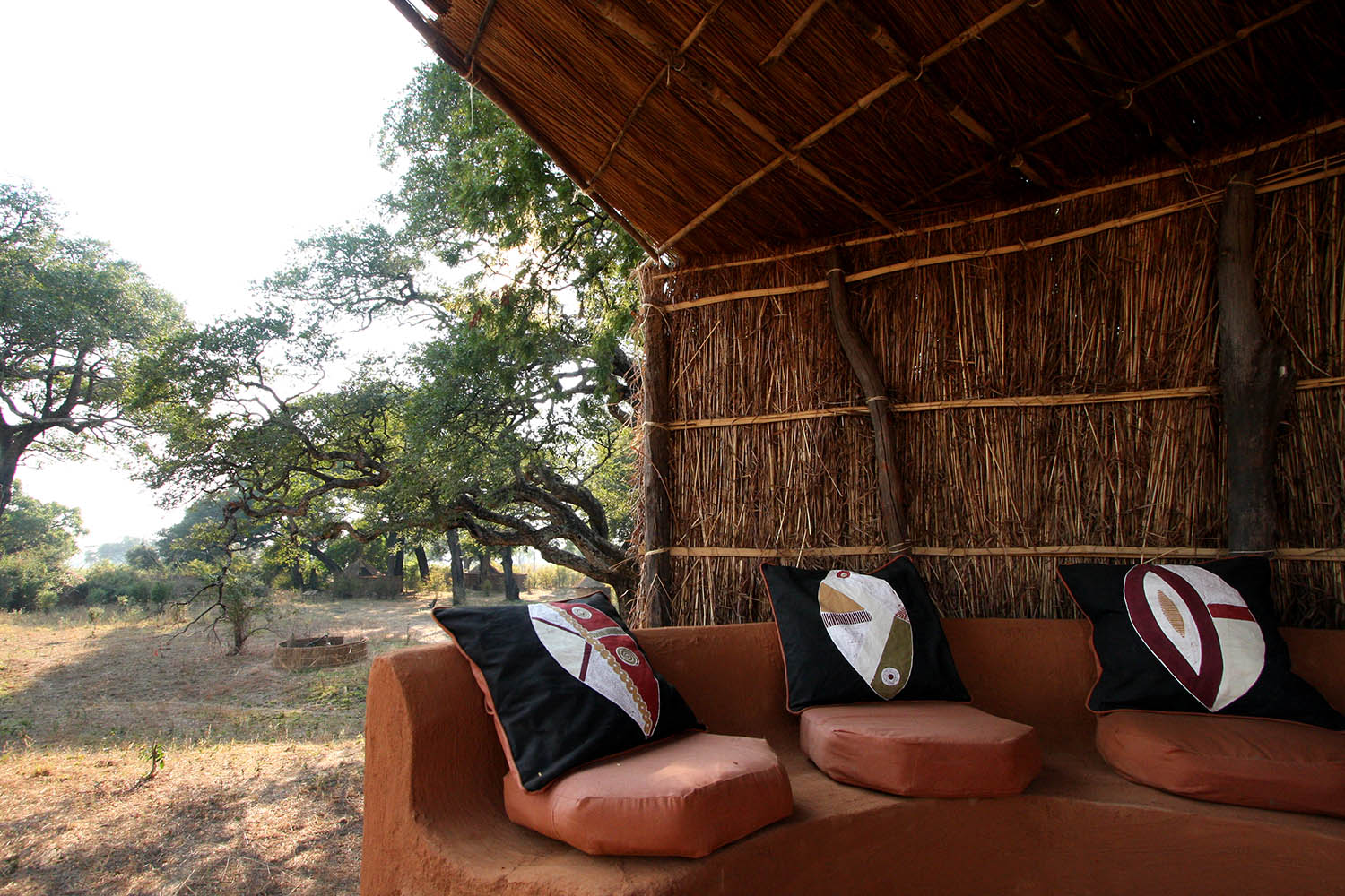 mwamba-bush-camp-lodge-zambia-in-style-safari-packages-tours-south-luangwa-national-park-lookout