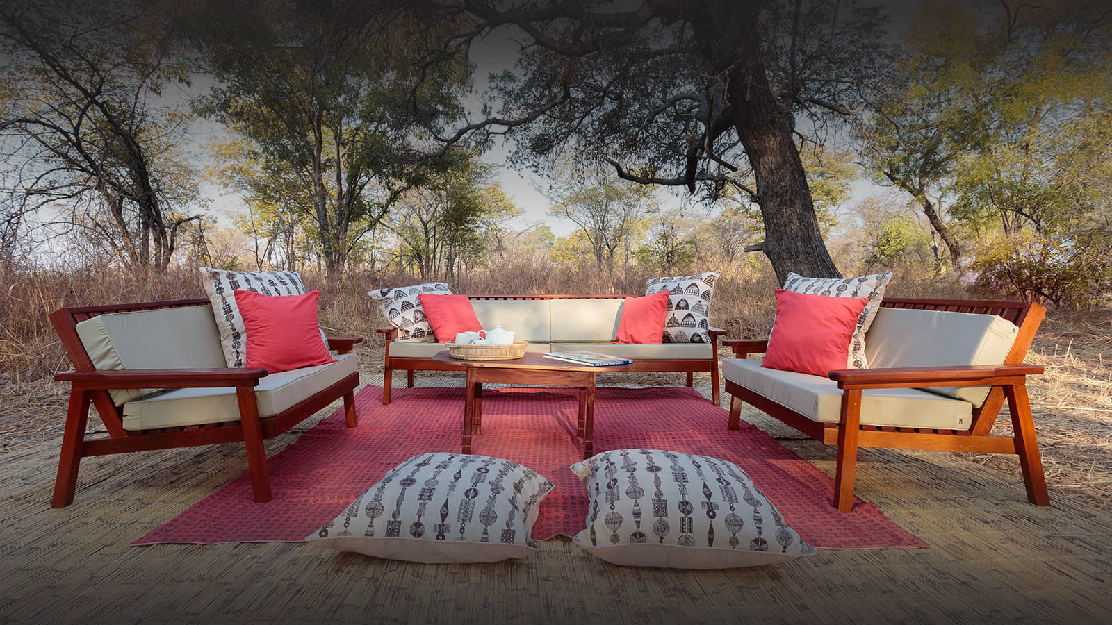 nkonzi-camp-lodge-zambia-in-style-safari-packages-lodges-explore-south-luangwa-national-park-bush-lounge