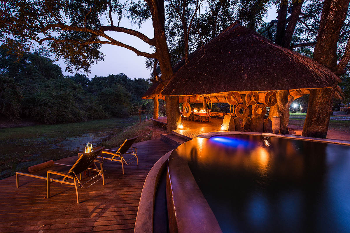 nkwali zambia-in-style-safari-packages-tours-south-luangwa-national-park-pool-area