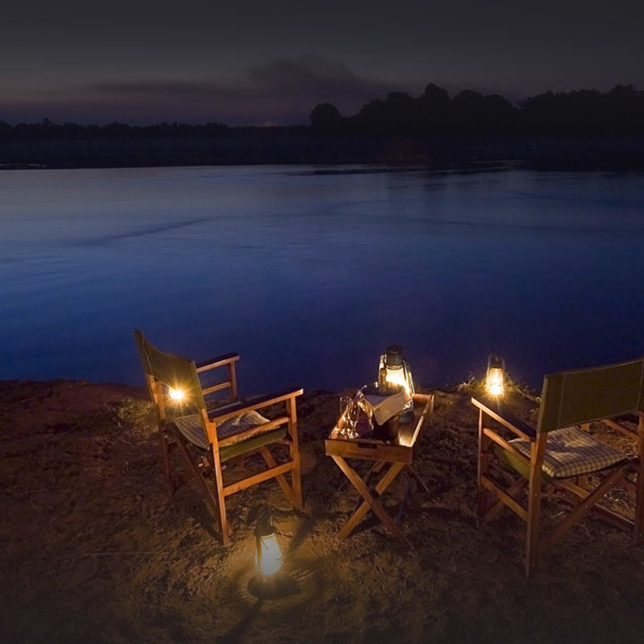 nsefu camp lodge-zambia-in-style-travel-safari-packages-lodges-south-luangwa-national-park-river-views