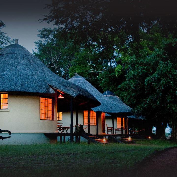 nsefu camp lodge-zambia-in-style-travel-safari-packages-lodges-south-luangwa-national-park-rooms