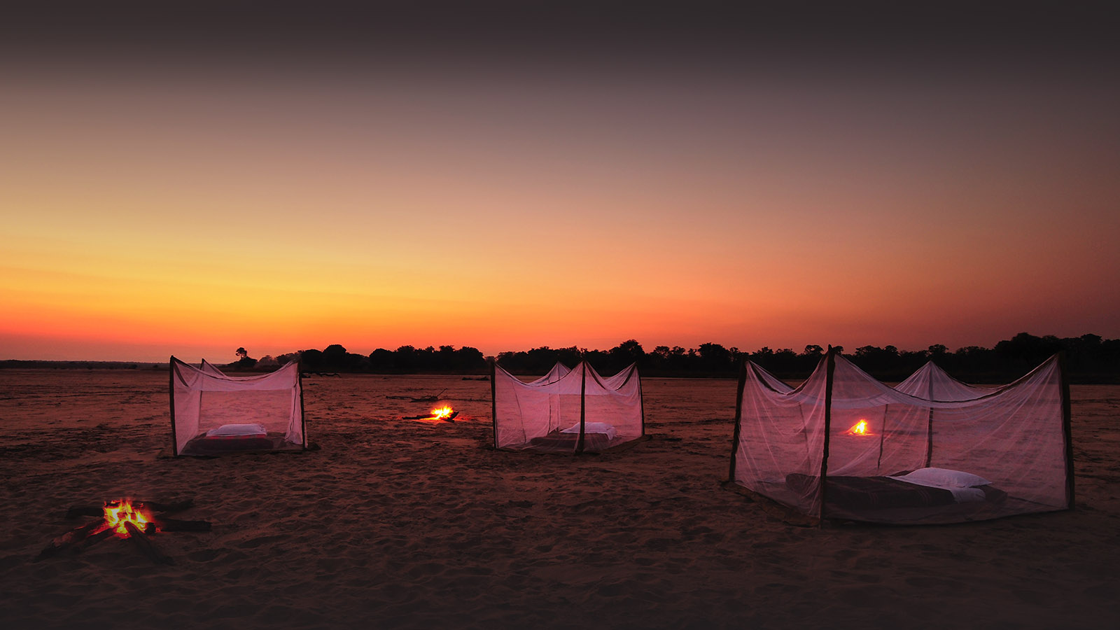nsolo-lodge-zambia-in-style-tours-safari-packages-lodges-travel-south-luangwa-national-park-sleep-out-camp