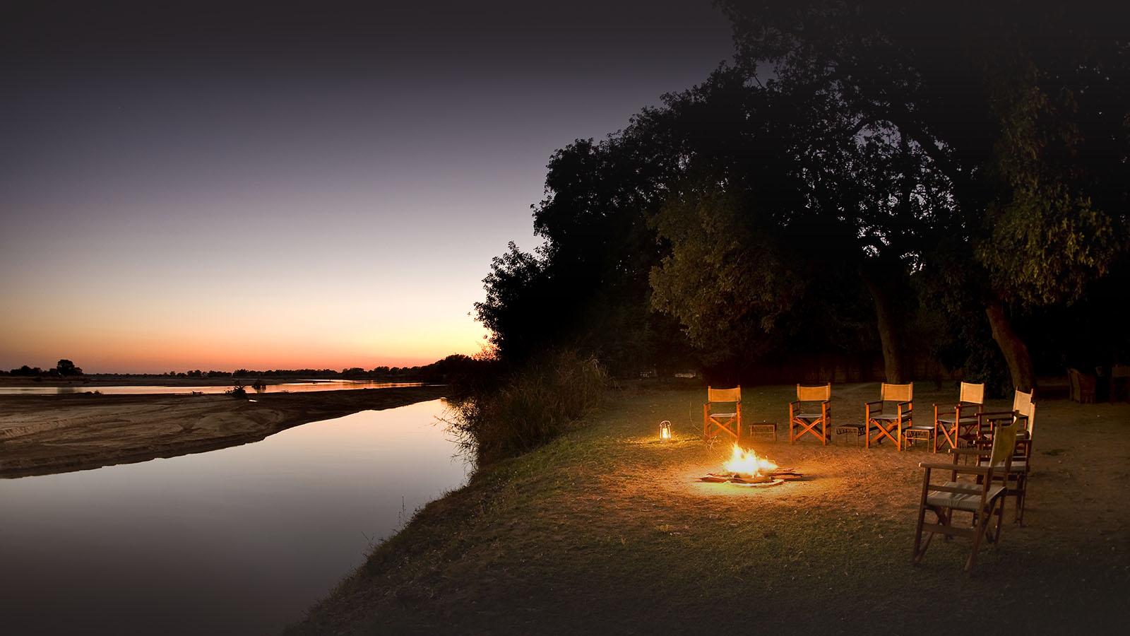 tafika-camp-lodge-zambia-in-style-tours-safari-packages-lodges-south-luangwa-national-park-breakfast-sunrise
