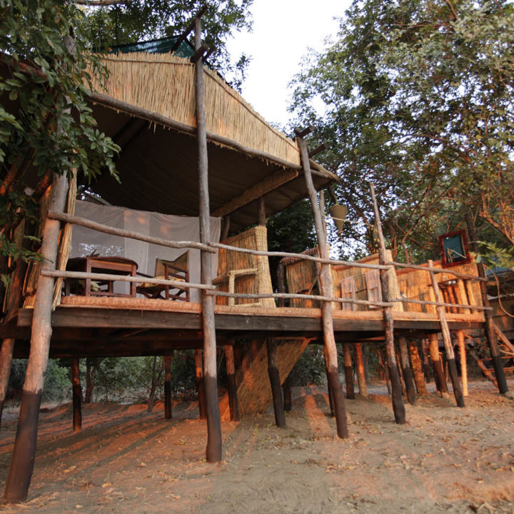 three rivers camp luxury-bush-camp-zambia-in-style-safari-packages-south-luangwa-room