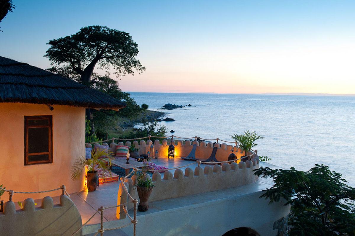 zungulila bushcamp beach-bush-in-style-zambia-in-style-safari-packages-tours-travel-kaya-maya-lake-malawi-national-park