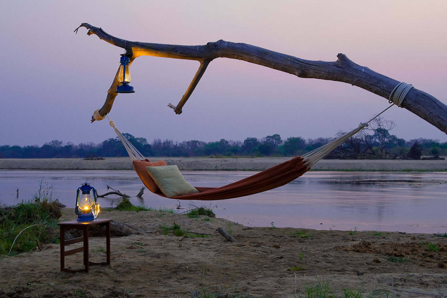 zungulila bushcamp lodge-zambia-in-style-safari-packages-lodges-south-luangwa-national-park-hammock